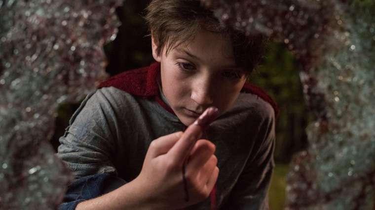 Brightburn, Hijo de la Oscuridad, James Gunn, Elizabeth Banks, Superman