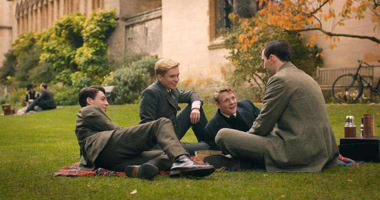 Tolkien, Nicholas Hoult, Lily Collins